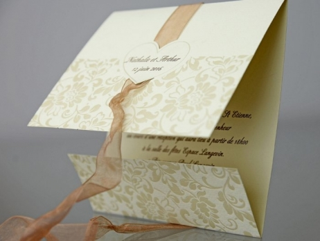 Invitación de boda - ELEGANTE BEIS FLORES    (CARD 34934)