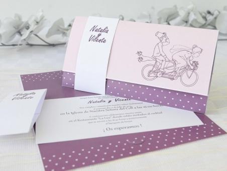 Invitación de boda novios bicicleta 32624