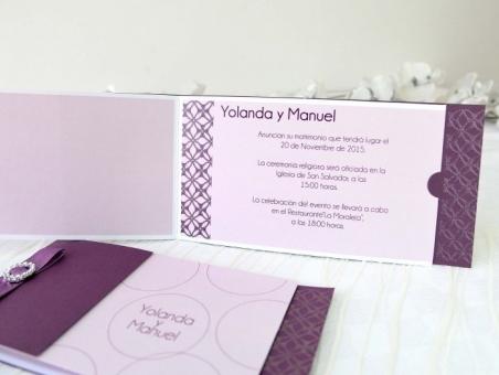 Invitación de boda barata elegante lila 32646