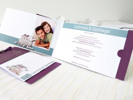 Invitación de boda con foto novios coche 32671