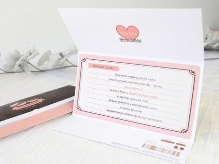 Invitación de boda barata novios retro 32675