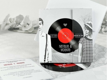 Invitación de boda con fotos vinilo 32620