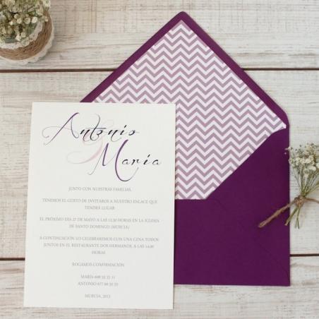 Invitaciones de boda CLASICAS SIMPLE morada con sobre forrado