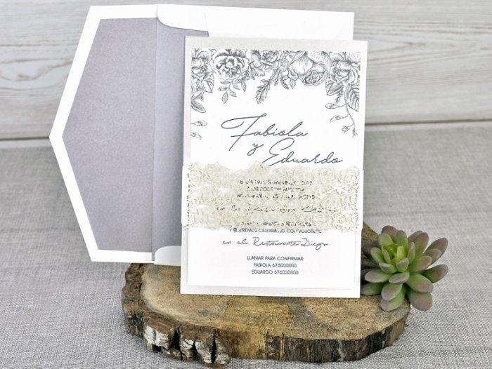 Invitación de boda - CORTE LASER sin forro en sobre   (C33739)