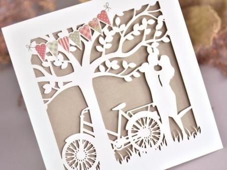 Invitación de boda rustica kraft CORTE LASER PAREJA 39733